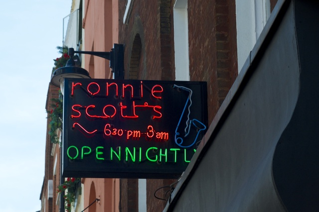 Ronnie_Scotts_Jazz_Club_sign.jpg
